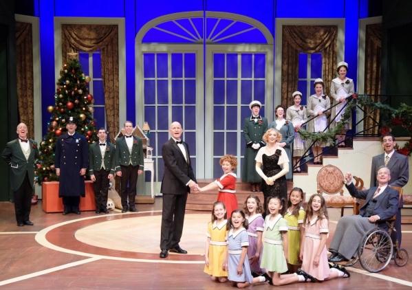 Mansion Christmas (1280x1024)